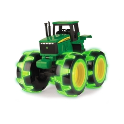 John Deere Monster Treads Light Wheels 8